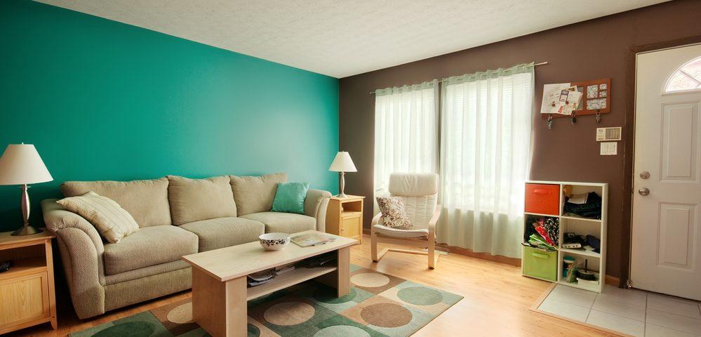 bright residential living room in BIllings, MT