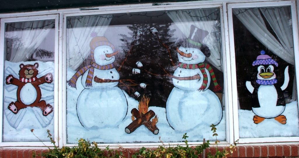 Seasonal Storefront Window Art By >> What Kind Of Paint Should I Use For Holiday Window Painting Matt