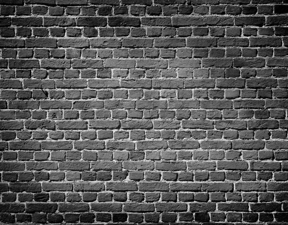 painting interior brick walls